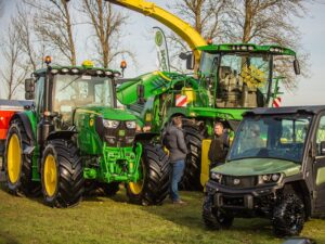 Read more about the article Exclusive John Deere factory tour at MMS